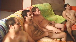 Sperme épais et chaud entre 5 Bisex